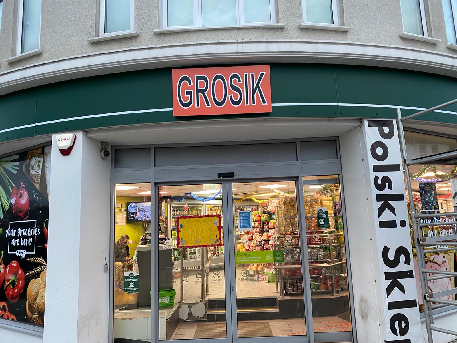 Grosik shop sign